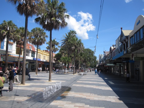 THe Corso Pedestrian Plaza, Leading from the Manly Ferry to Manly Beach