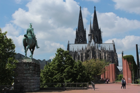 Cologne Cathedral & Statue