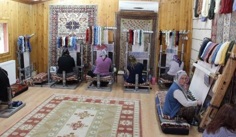 Ladies Weaving Carpets