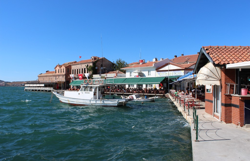 Ayvalık's cafe-filled harbour