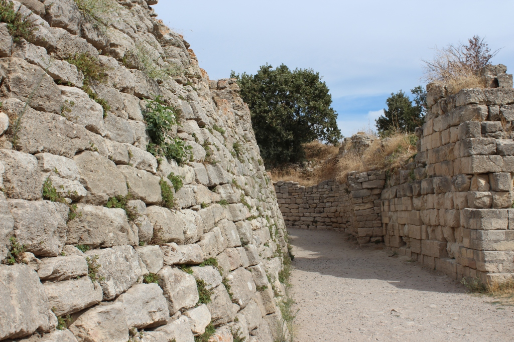 Walls of Troy VII - This is the epoch of Troy where Homer's epic poems took place!